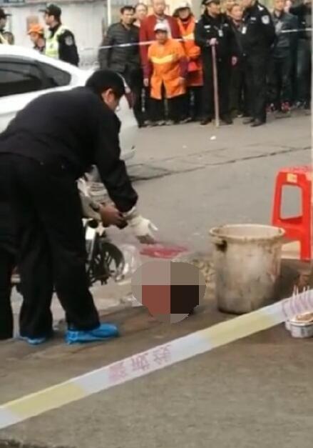 武汉火车站杀人砍头事件无码视频图片 二级精神残疾奋起杀人为哪般(2)