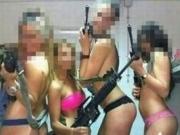 美军陆战队女兵大量不雅照泄露网上疯传 女兵不雅照尺度惊人