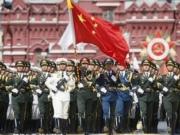 <b>揭秘中国仪仗兵是如何训练出来的 艰苦训练让人心疼</b>