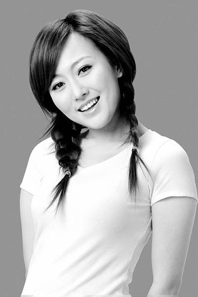 潘长江女儿潘阳个人资料 揭潘阳身高有多高