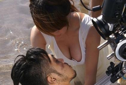 郭书瑶胸部