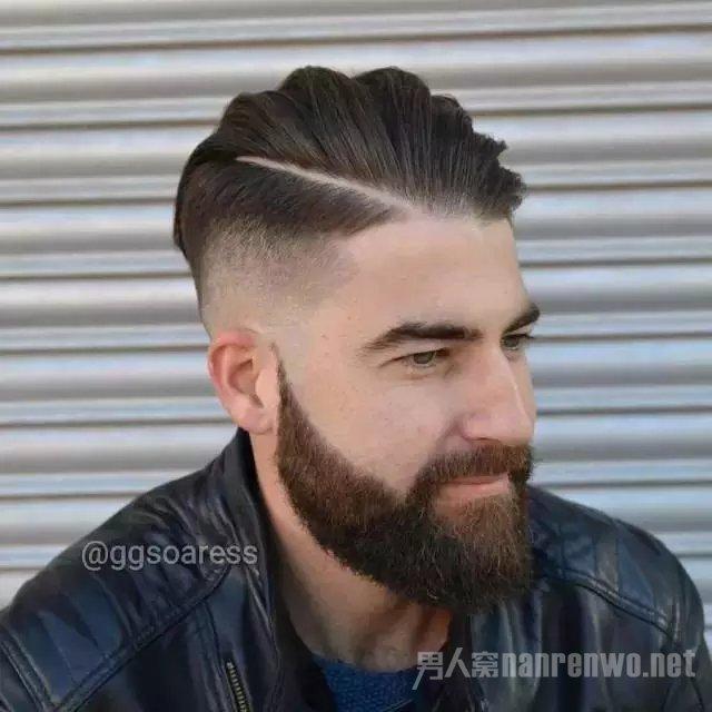 聚男网 时尚 发型   当然这可能会更加适合黑人的发型,他们天生卷发图片