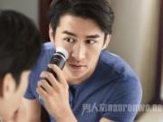 男人刷脸净型时 全新飞利浦焕能洁净SPA套装MS5085