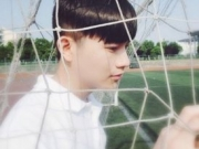 流行款韩式男明星发型 韩式帅气的男明星发型