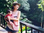 Ella首次晒家庭旅行照 丈夫体贴周到照拂母子