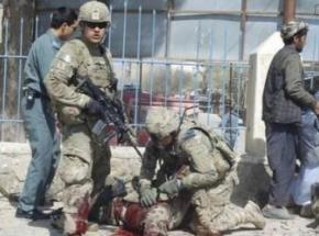 阿富汗一军事基地遭自杀式袭击 至少40名军人死亡