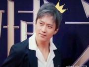 杨幂微博QUEEN邓超微博KING实至名归!2017微博电影之夜king和queen是邓超杨幂
