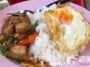 泰国女子夜市吃饭被宰 老板:还以为是中国人